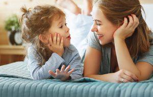 جملاتی که کودکان با شنیدن آن احساس خوشبختی میکنند